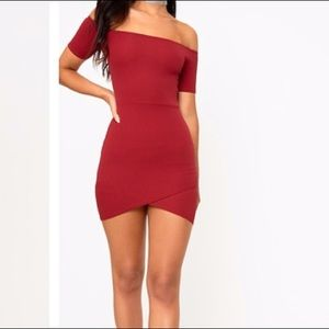 Burgundy off the shoulder bodycon